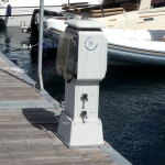 Service pedestal